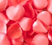 Розовая вода вместо или после умывания лица